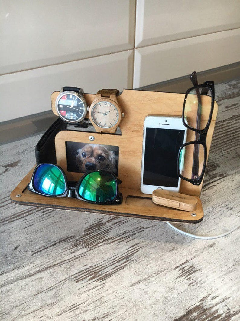 desk d\u00e9cor for women,wood docking station,third anniversary,desktop gift for him,wooden iphone stand,desk gift for him,gifts for dad ideas