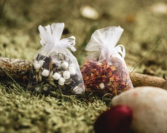 Bag of aromatic ceramic pearls & dried flowers