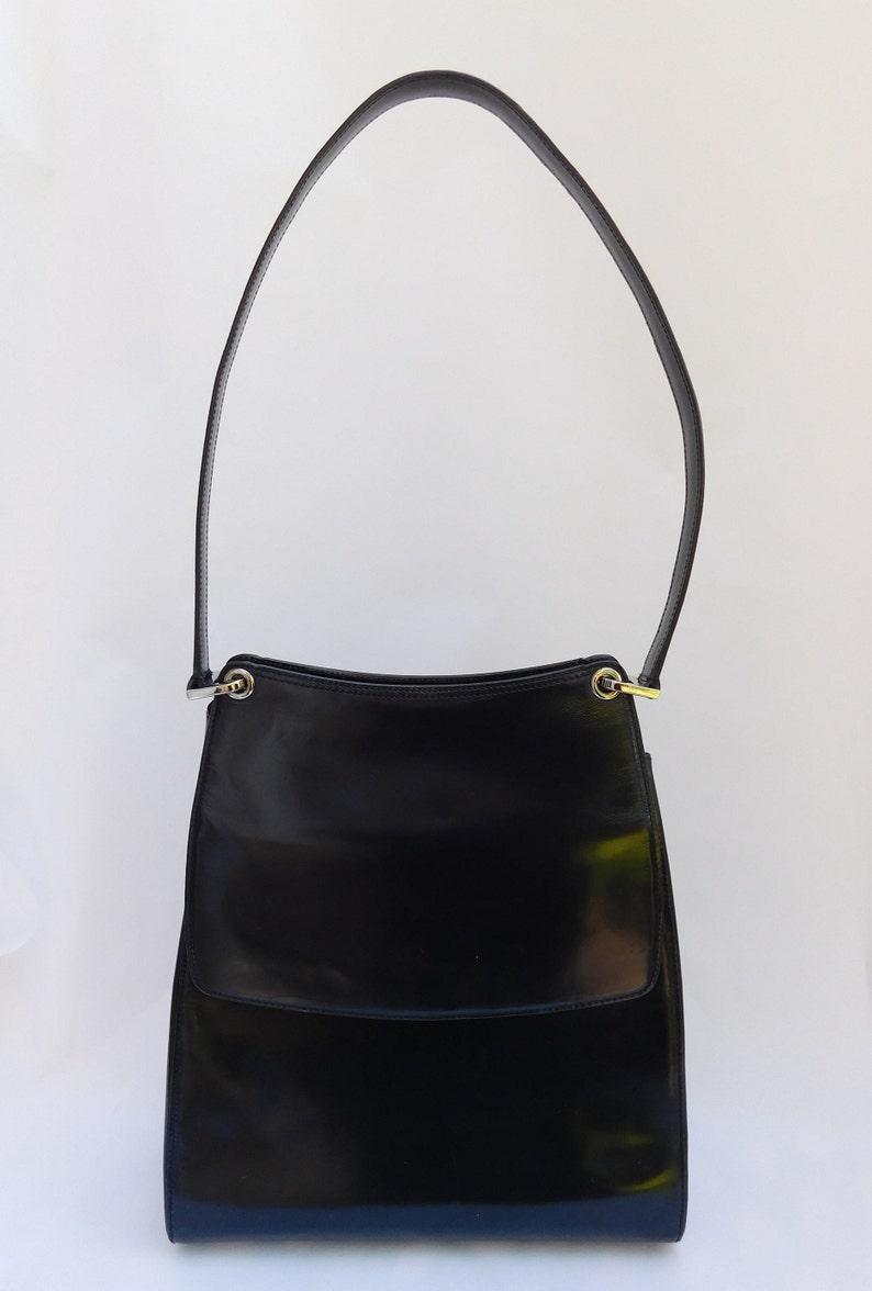 fb9eeb0dc7ee6 Vintage Bally Black Patent Leather Shoulder Handbag Purse