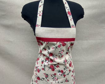 Full Modern Roses Apron with a large frontal pocket in Red and Beige combination Lines