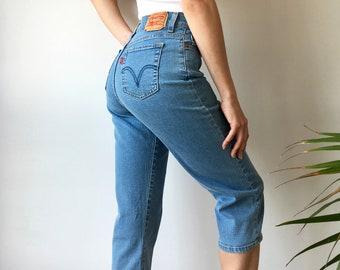 Vintage Levi's Jeans   Red Tab