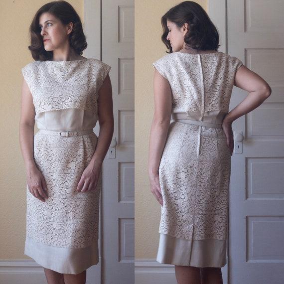 Vintage 1950's Linen and Lace Dress