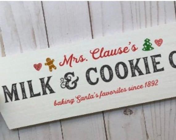 Christmas signs. Christmas cookies sign. Mrs Claus's milk & cookies. Christmas sign Santa's cookies sign Mrs. Claus's bakery Christmas decor