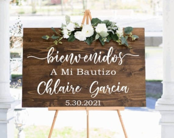 Bienvenidos sign stickers. DIY sign stickers. A Mi Bautizo sign stickers. Spanish sign decals.  Custom Spanish decals. Bienvenidos stickers