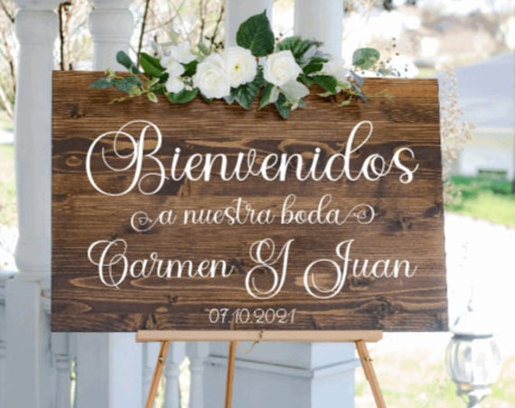 Bienvenidos sign stickers. DIY sign stickers. A Nuestra Boda sign stickers. Spanish sign decals.  wedding decals. Bienvenidos stickers