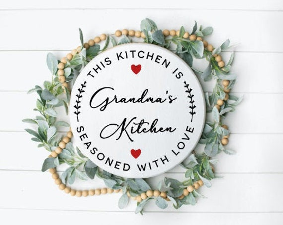 Custom Kitchen sign. Personalized kitchen sign. Mother's day gift. Mimi. Gigi. Grandma's kitchen. Present. Mom's kitchen. Mother's Day