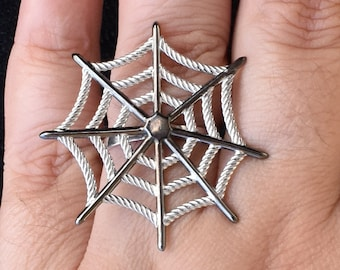 Wacky Web - 925 sterling silver finger ring, unique adjustable ring for women, spiderweb jewelry, unique nature inspired designs from Aliame