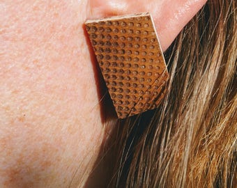 Trapeze earrings retro halftone