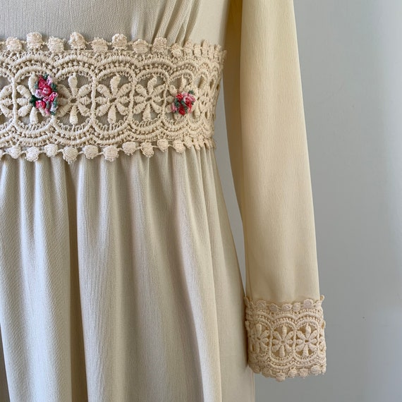 1970s Boho Flower Dress - image 3