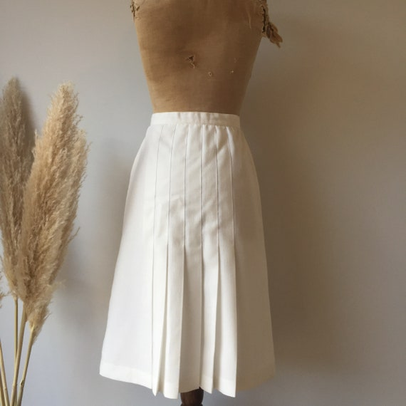 Vintage White Button Up Skirt - image 6