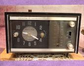 Vintage Zenith Clock AM FM Radio, 10 quot , 1970 39 s B45-8-9