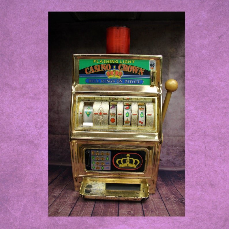 1eceae7ccbd5a Vintage Casino Crown 25 Cent Slot Machine Tabletop Model Quarter Gambling,  1980's