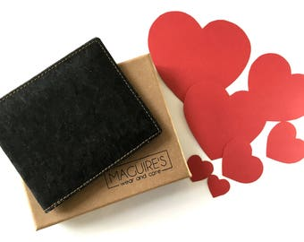 Cork Bifold Wallet For Men-RFID Slim, light, minimalist non leather-Vegetarian Society & Peta Approved! Takes 6 cards- A unique vegan gift.