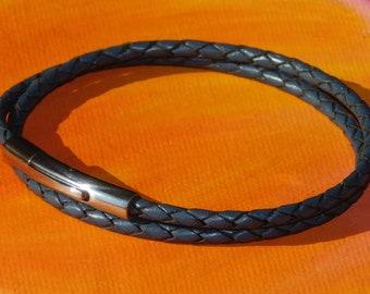 Señoras 5mm Oscuro Marrón Napa /& Pulsera De Acero Inoxidable por Lyme Bay arte.