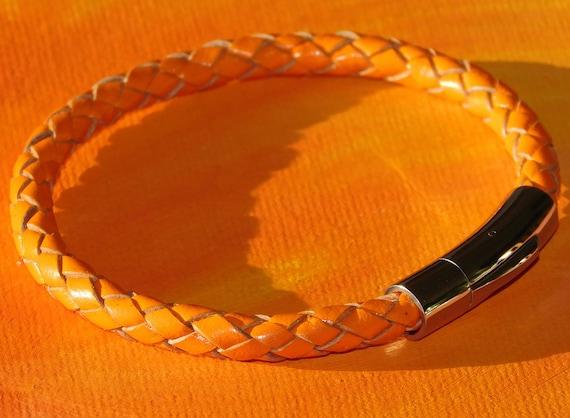 Ladies 3mm Burgundy braided leather /& stainless steel bracelet by Lyme Bay Art.