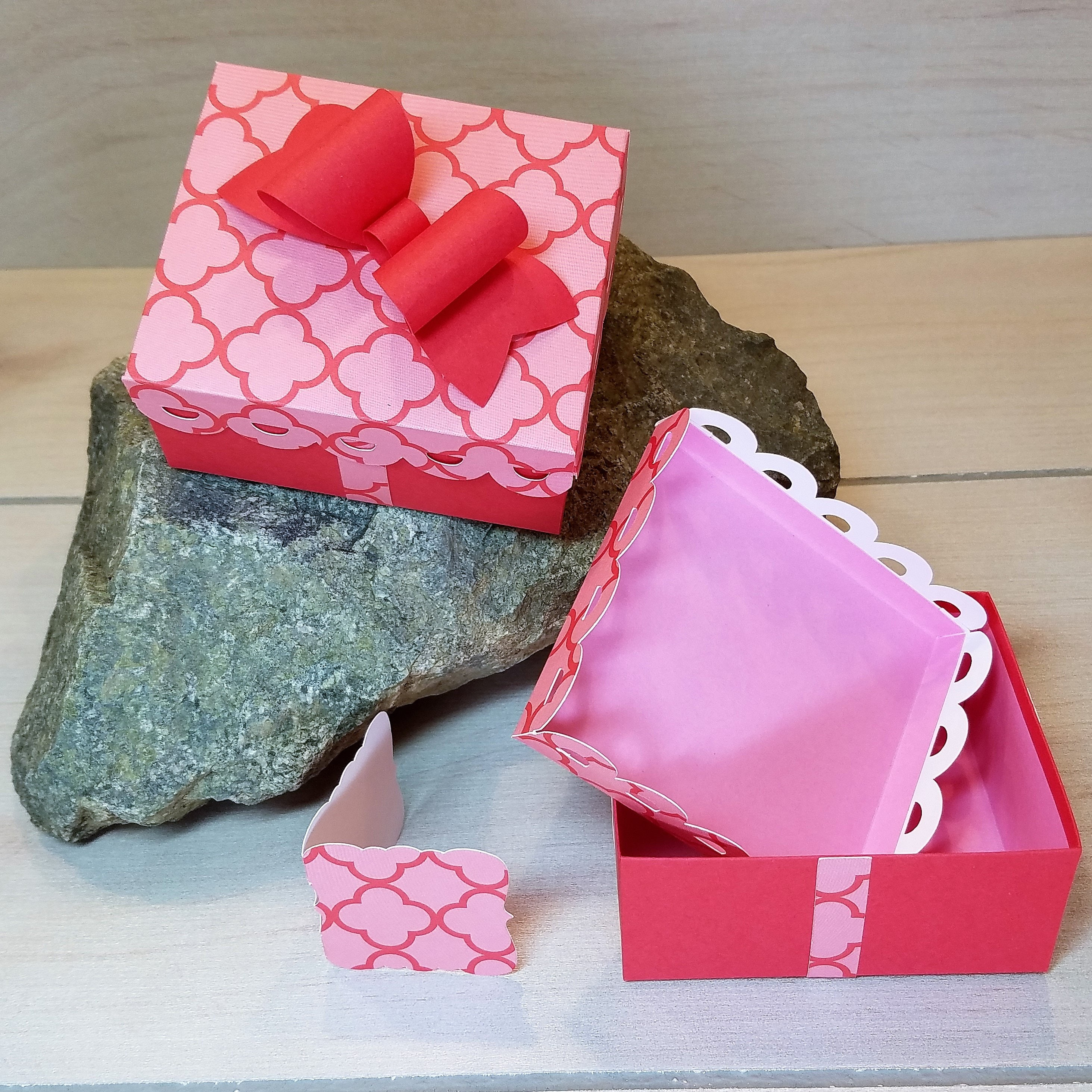 Gift Box with Lid Party Box Box with Bow Wedding Favor Box