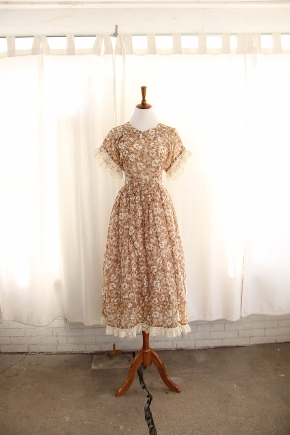 70s Vtg Floral Prairie Dress Calico Lace Large