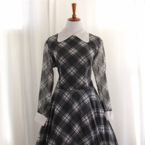 60s Vtg Plaid Dress Peter Pan Collar Medium - image 3