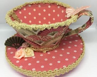 Lüfter-Pfirsch Teetasse Fascinator
