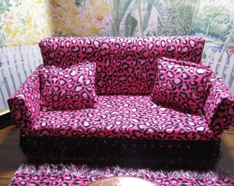 Custom Made Barbie Living Room Furniture Set   Couch, Rug And Wooden Table    Hot Pink, Black Leopard Print