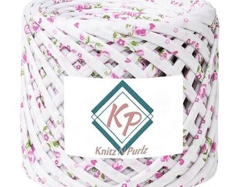 Tshirt Yarn for crochet purse rugs and baskets. T shirt yarn fabric to crochet basket and home decor DIY. Malasia
