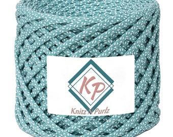 Tshirt Yarn for crochet purse rugs and baskets. T shirt yarn fabric to crochet basket and home decor DIY. coco island