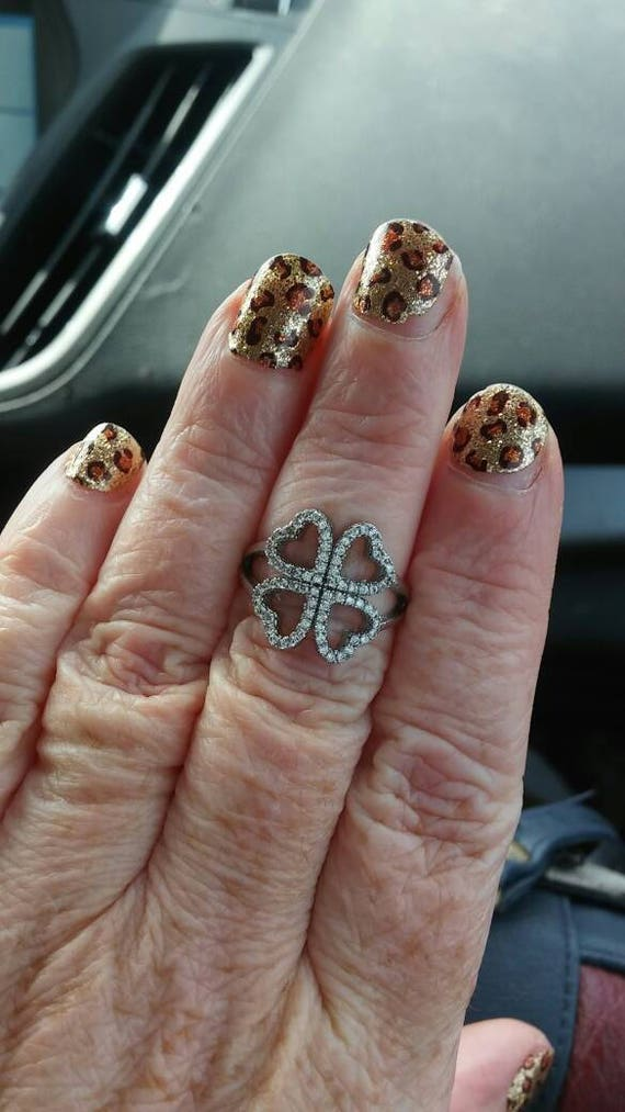 Jamberry nail ring clover hearts