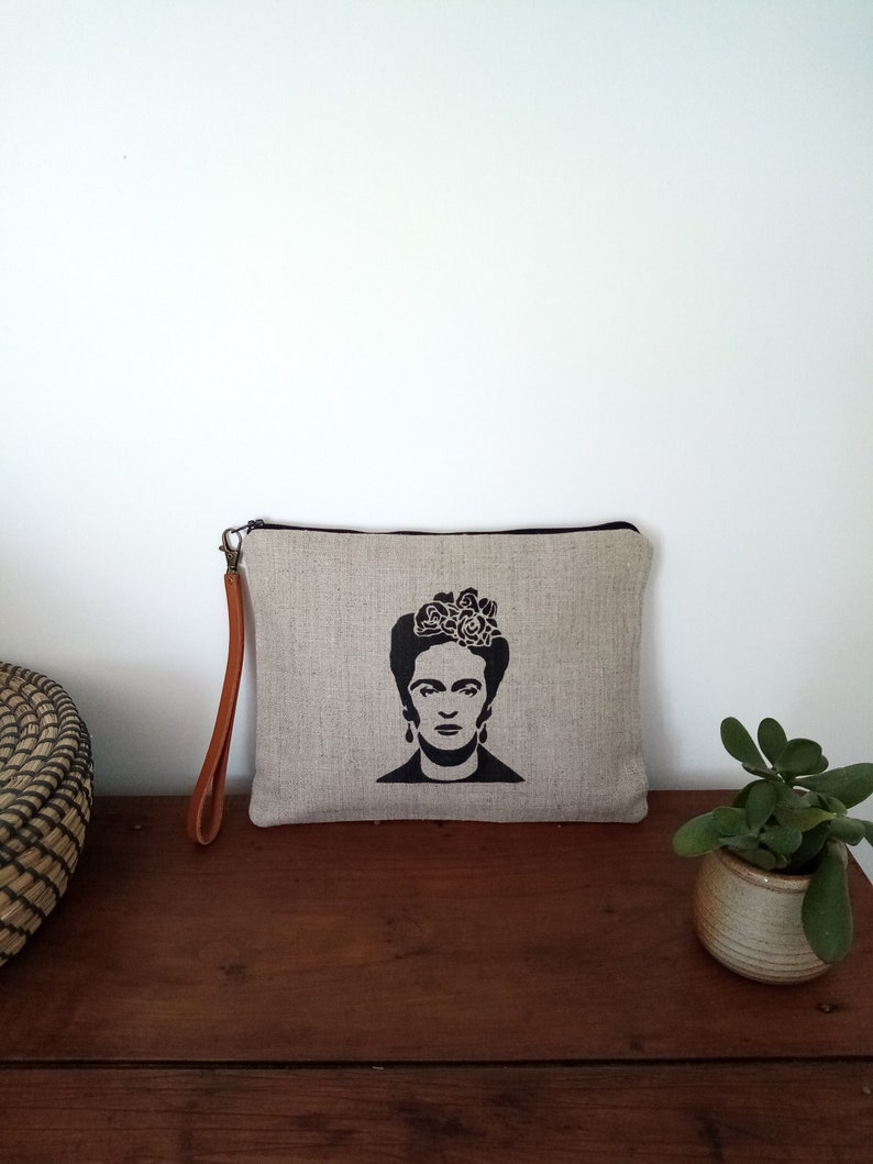 Large Frida linen clutch with removable leather strap