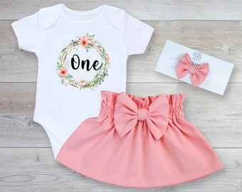 511d9b87a 1st birthday girl outfit, First birthday outfit girl, Personalized,Coral  birthday,Cake smash outfit,1st birthday bodysuit girl,Floral wreath