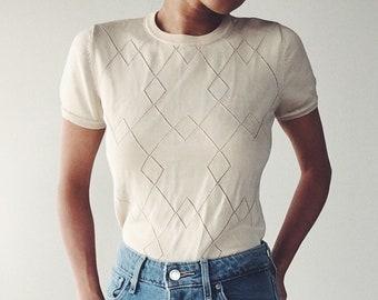 Knit top in butterscotch yellow | XS - M | Diamond cutout pattern | Textured top | Crew Neckline | Cap sleeves | Minimalist basic top