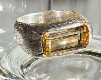 Unique ring with lemon bright citrine