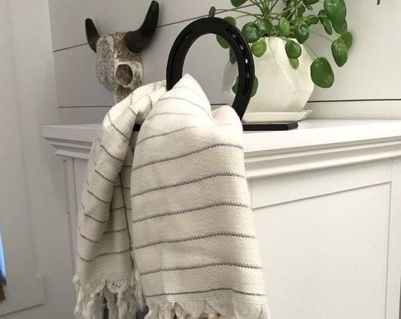 Horseshoe Towel Holder, Horseshoe Hand Towel Holder, Wall Mounted Hand Towel Holder, Wall Mounted Towel Ring, Horseshoe Equestrian Decor