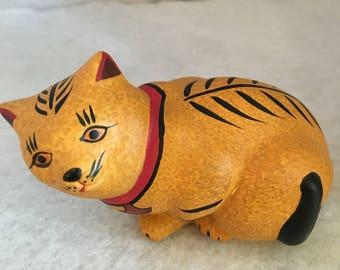 FRANKLIN MINT Vintage 1986, Southwest Style Matt Bisque Porcelain Cat Statue