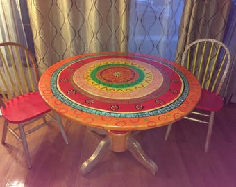 Incroyable Customized Hand Painted Table