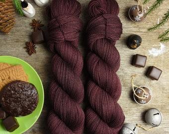 "Dyed to order *** Hand dyed fingering weight yarn, superwash merino wool, nylon, 425m/100g, Classic Sock ""Iron Oxide"""