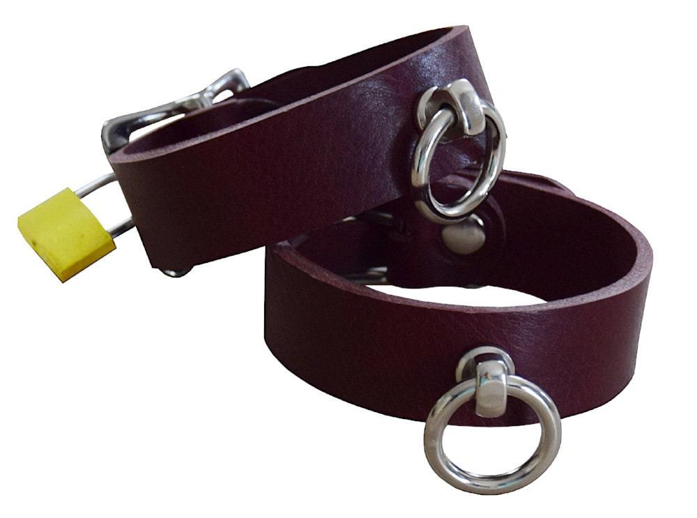 Summer cummings in suspension bondage