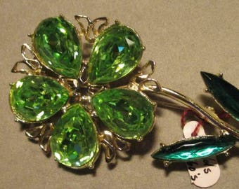 Vintage Costume Jewelry Flower Brooch, Gold Tone Mounting, Green Austrian Crystals FREE SHIPPING
