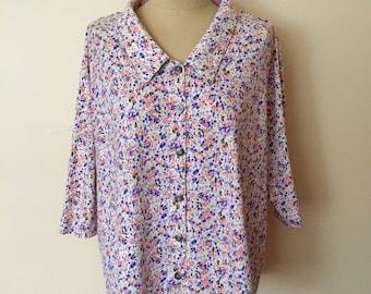 Vintage floral blouse, oversize blouse, ditsy floral blouse, Romantic blouse, Summer blouse , feminine blouse, trapeze blouse, sweet floral