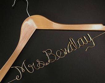 Hanger for Bride, Personalized Wedding Hanger, Bridal Hanger, Maid of Honor Gifts, Gift for Fiance, Unique Wedding Gift for Couple