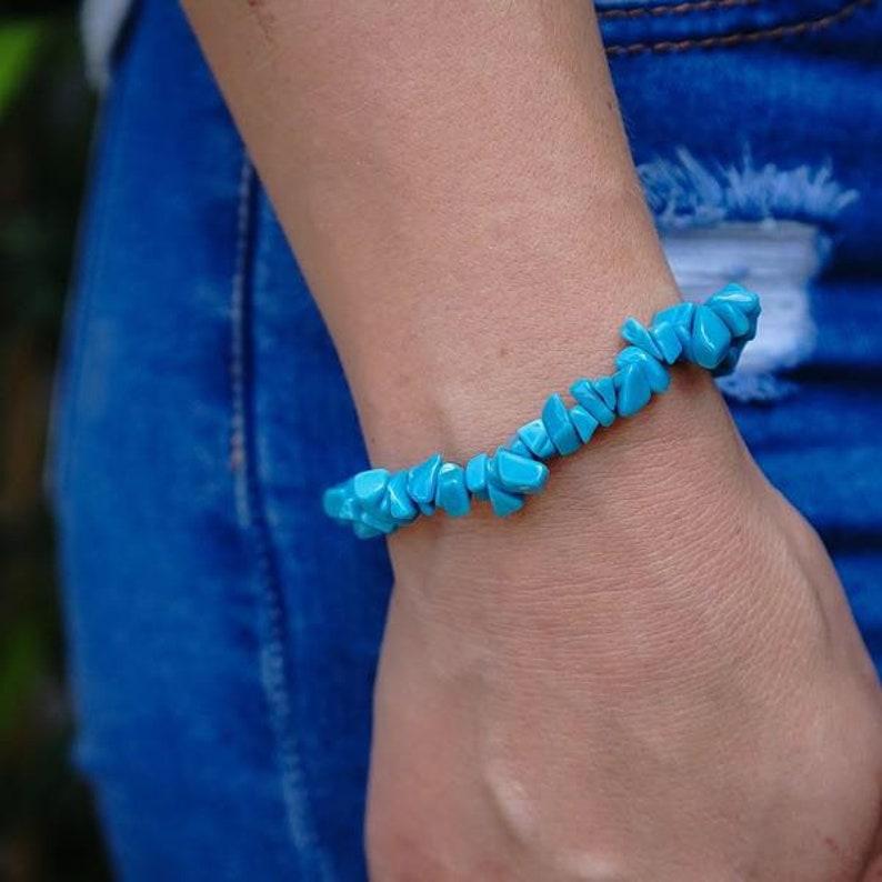 Crystal Chip Bracelet Turquenite Blue Howlite