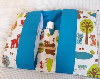 Diaper bag, baby wipes.  Bag for the diaper change of the baby animals of the forest. Baby Nappy bag, Nursery bag