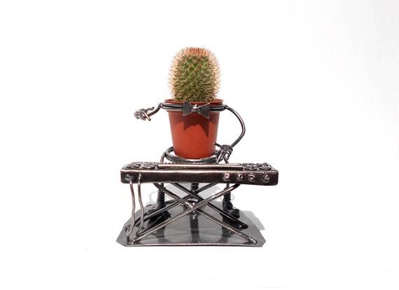 Sculpture en métal musicien sur le synthétiseur Сup support etsy