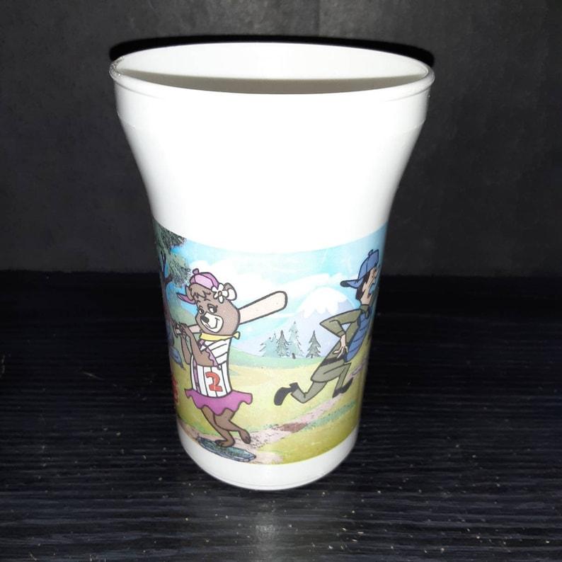 1990/'s Arby/'s Yogi Bear promotional plastic cup