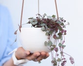 White hanging planter indoor, Wall planter, Ceramic planter, Plant pot, Plant hanger, Minimalist flower pot, Succulent planter, Plant holder