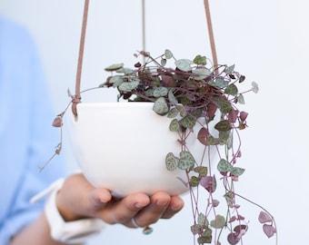 Hanging planter, Home decor, Ceramic hanging planter indoor, Plant pot, Plant hanger, Minimalist flower pot, Succulent planter, Plant holder