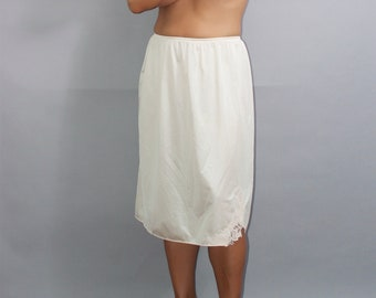 Womens Vintage Half Slip by Lorraine in Size Large ffd1db6f2