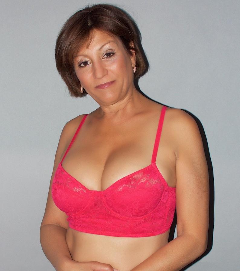 f97c62837e22b Women s Sexy Sheer Bra by Forever 21. Size US Medium.