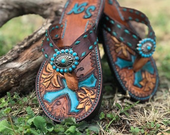 5a235127bafc Leather flip flops