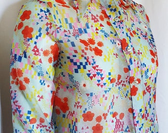 730d077faf7 1960s vintage Lane Bryant Tall Shoppe plus sized sheer print button front  blouse   size 18 W   plus sized vintage
