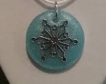 Snowy Winter Necklace - Blue